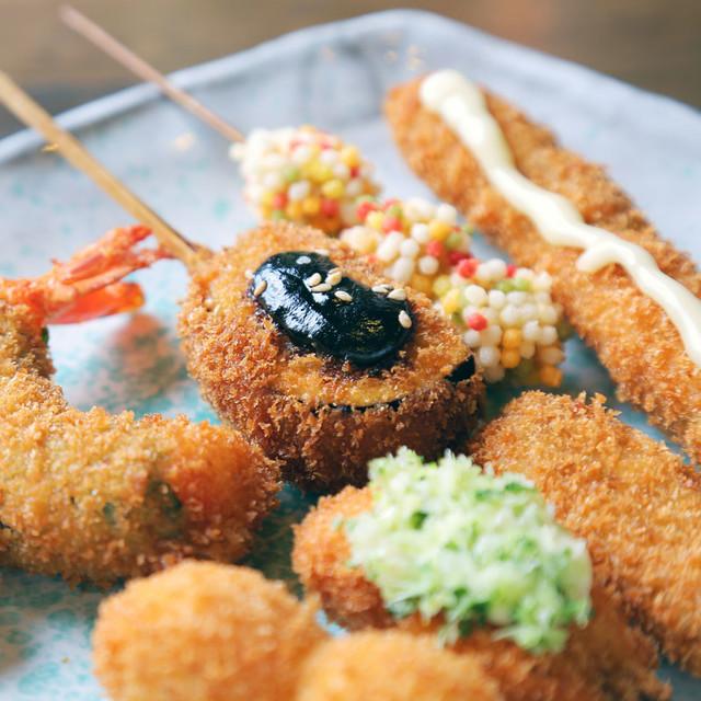 定番から創作まで!大阪名物・串カツが食べられる難波の人気店